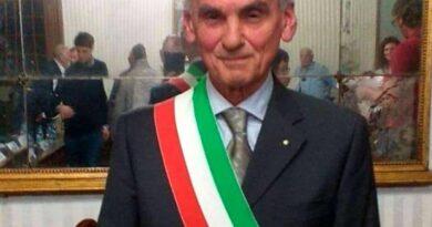 Falleció Luciano Abate, sindaco de Vigone: figura clave del Hermanamiento con Cañada Rosquín